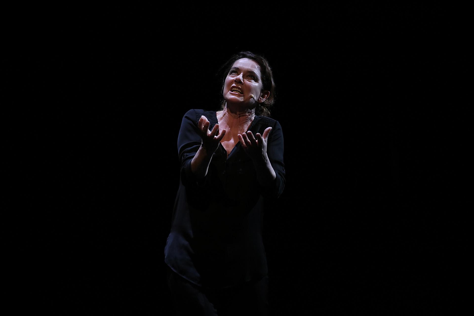 Monica Guerritore teatro cilea