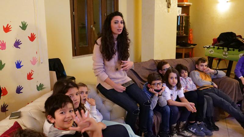 Un'attività all'interno della sede Associazione San Filippo Neri a Scilla (RC)